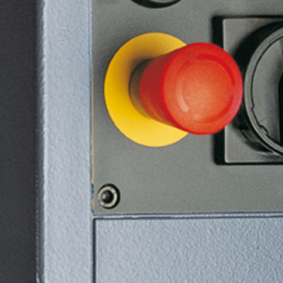 Besonderheit der Alzstar 18: Ein Pilzdruckschalter für hohe Sicherheit