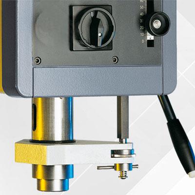 Bohrtiefen Feineinstellung  als Option für Alzmetall AX 3/SV Säulenbohrmaschinen