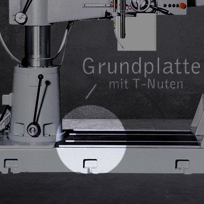 Grundplatte mit T-Nuten als Ausstattungsmerkmal der AB 30/R Modelle